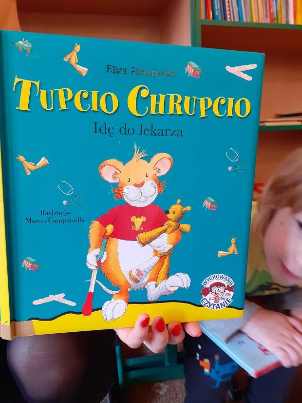 Rodzinne czytanie - mamusia Julka