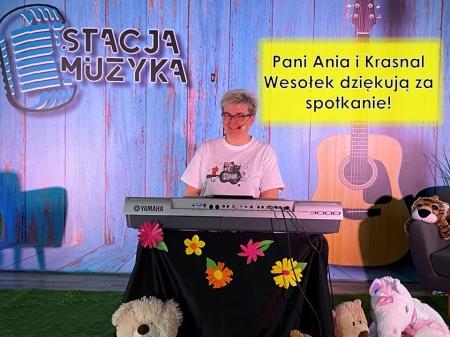 Pani Ania zaprasza na muzyczne przygody Krasnala Wesołka